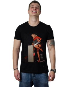 Camiseta Whisky Pin-Up