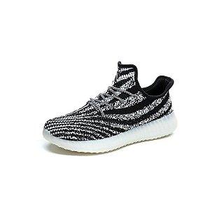 Tênis Adidas Yeezy Boost 550 - Cinza e Preto