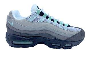 Nike Air Max 95 Cinza e Verde | AnnaLu Calçados