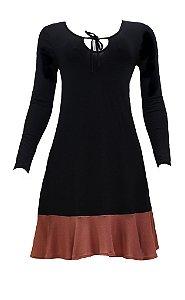 Vestido adulto preto com detalhe marrom