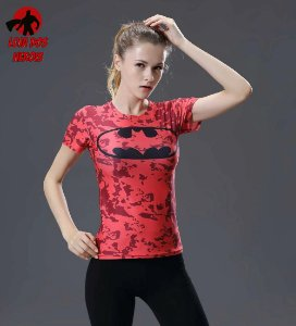 Camisa Feminina Batman Vermelha