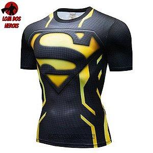 Camiseta Superman Lanterna Amarelo Compressão