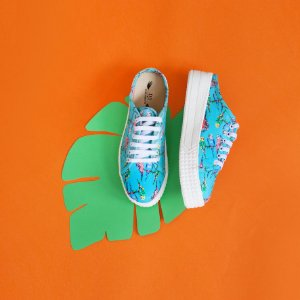Tênis sneaker aberto atrás - estampa pássaros azul
