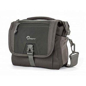 Bolsa para câmera digital SLR, lentes e acessórios - Nova Sport 7L AW - LP36612 - Lowepro