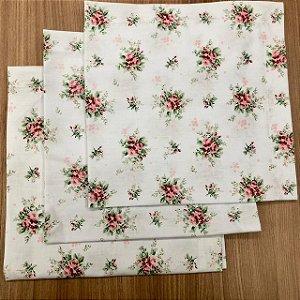 Guardanapo Branco Floral Rosa