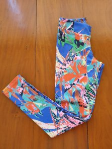 Legging Folhas Coloridas