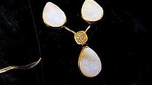 Conjunto Cristal de Geodo de Rocha de Quartzo Natural Gota e Zircônia