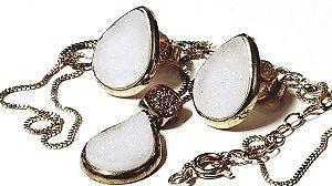 Conjunto Joias Colar Gargantilha Pedra Quartzo Geodo ou Drusa Gota