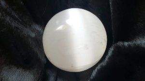 Esfera Selenita Branca aprox150 gr 4,3cm Master Blaster Joias