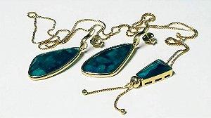 Colar Gravata e Brincos de Esmeralda Scandal Slim e Cristal de Rocha Multifacetado