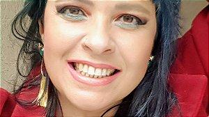 Brincos de Esmeralda Scandal Slim e Cristal de Rocha com Franja