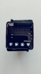 Controlador de temperatura digital FHMM-A14,  24 à 240Vca/Vcc