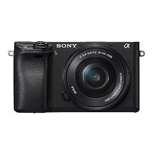Sony Alpha A6300 com lente SELP1650