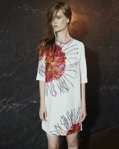 Vestido T-Dress Crepe Medusa