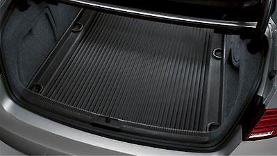 Tapete Protetor de Porta Malas Novo A4 Sedan