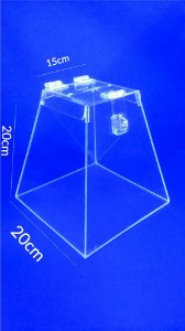 Urna Pirâmide de Acrílico 20 x 20 cm