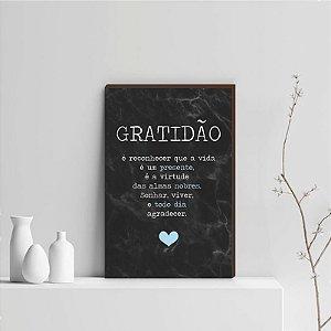 Quadro Decorativo  Gratidão + Frase + Coração Azul Claro Fundo Mármore Preto [BoxMadeira]