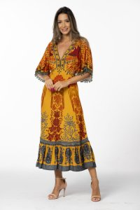 Vestido Longo Estampado Araras de Cor Amarelo Lírio Farm