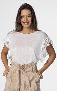 T-shirt Linho com Aplicação de Renda Off White Open