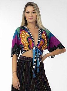 Blusa Cropped com Amarração Estampada Vestida de Borboleta Farm