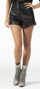 Short Feminio Curto Preto Courino Open
