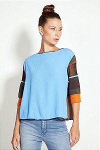Blusa Feminina com Detalhe em Tricot e Estampa Open