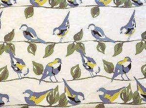 Jogo americano em tecido com estampa de pássaros