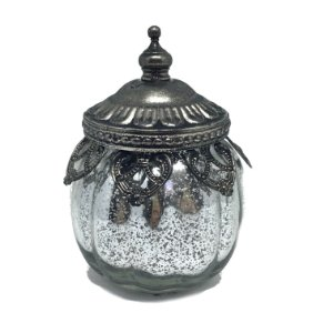 Pote em vidro espelhado com tampa em metal trabalhado.