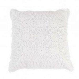 Almofada em crochê off white