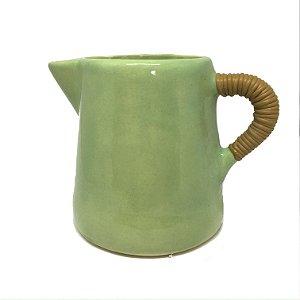 Leiteira em cerâmica verde com bambu