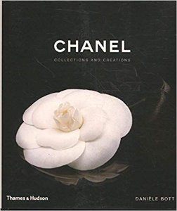 Livro decorativo Chanel - Collections and Creations