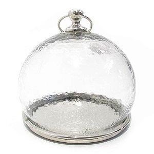 Prato em metal com redoma de vidro