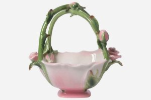 Cesta em porcelana rosas