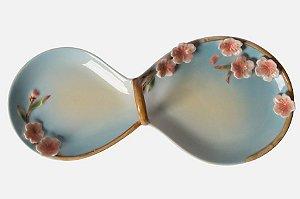 Bandeja em porcelana flor de cerejeira