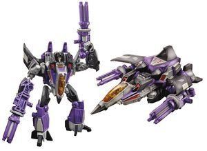 Transformers 30th  Fall of Cybertron  Skywarph  Deluxe Class Hasbro