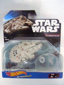Hot Wheels Millennium Falcon - Star Wars -  Starships
