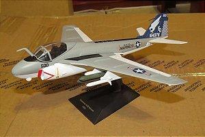 Grumman A6-E  Intruder - Coleção Aviões de Combate a Jato - Escala 1/72 - Planeta DeAgostini