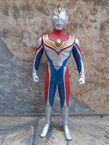 Ultraman Dyna 16 cm  - Bandai