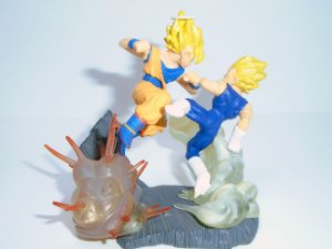 Bandai Dragon Ball Z Imagination Figure Goku vs Majin Vegeta Raro