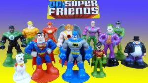 Phidal Storybook DC Super Friends My Busy Books + 12 Figuras e mini Playmat