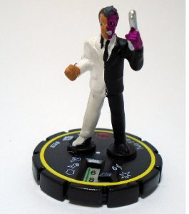 Heroclix Batman Two Face (Duas Caras) #028