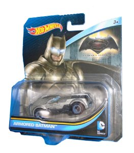 Hot Wheels DC BVS Armored Batman Batmobile (Batmóvel)