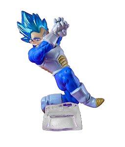 Bandai Gashapon Dragon Ball Super Vegeta SSJB Battle Figure Series