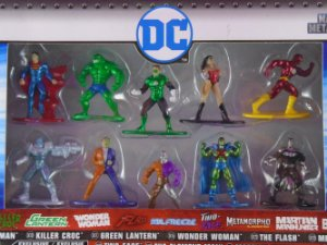 DC Nano Metalfigs Pack com 10 Miniaturas