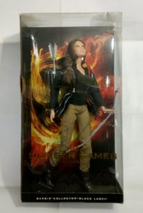 Katniss Everdeen  Barbie Collector Black Label Jogos Vorazes