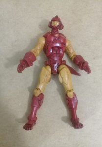 Marvel Legends - Homem de Ferro House of M
