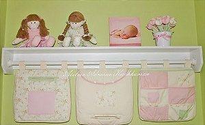 Conjunto Prateleira com varão e acessórios decorativos