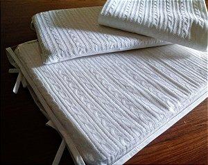 Trocador tricot branco com capa plástica