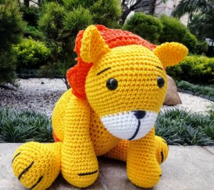 Leãozinho em crochet Amigurumi