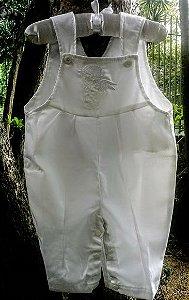Jardineira em fustão com anjo bordado
